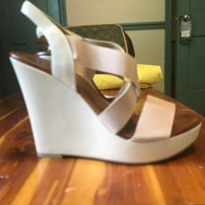 Light Pink Nine West Strappy Wedges Sz 7.5 Womens